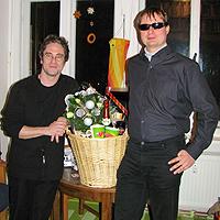 Jan Blüher und Torsten Becker mit dem MDR Jump Sektfrühstück als Anerkennung für die Entwicklung des ColorVisor